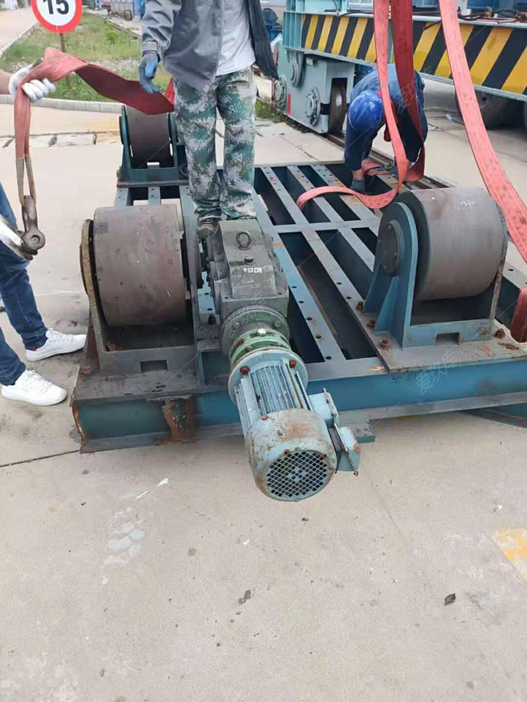 出售全新30噸滾輪架