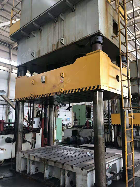 處理二手重慶江東800噸單動薄板沖壓液壓機二手液壓機帶油冷機