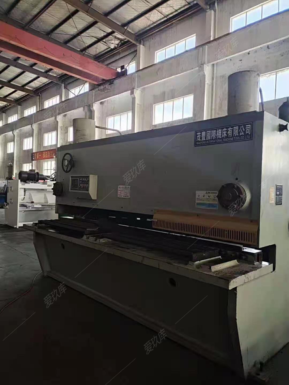出售二手江蘇QC11Y-25-3200液壓閘式剪板機二手剪板機