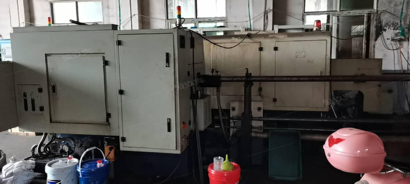 出售兩臺深圳數控機床
