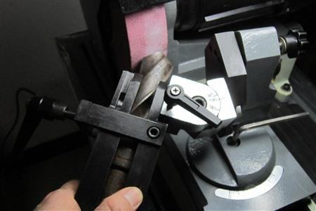 【二手設備】磨鉆頭的兩大方法,方便又使用